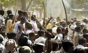 بھارت: دلت نوجوان بھائیوں پر برہنہ کرکے بدترین تشدد