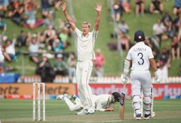 Jamieson shines on debut as India struggle on rain-hit opening day