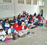 Protest against headmistress: Teachers take classes in Eidgah