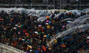 پی ایس ایل میں بارش اور چوکوں، چھکوں کی آنکھ مچولی