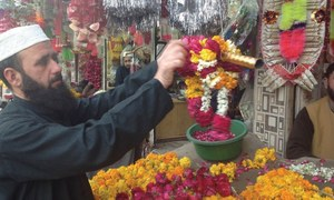 Florists doing roaring business as spring season sets in