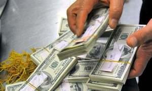 ملک سے 'عارضی سرمایہ کاری' کا اخراج ایک ارب 30 کروڑ ڈالر تک جا پہنچا