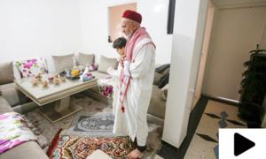 کراچی میں نماز جمعہ مساجد کے بجائے گھروں میں ادا کی گئی