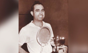 Squash legend Azam Khan dies of coronavirus at 95