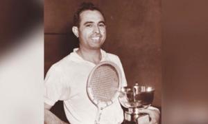 Ex-squash champion Azam Khan succumbs to coronavirus in UK