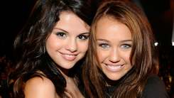 Selena Gomez opened up about bipolar diagnosis for the first time to Miley Cyrus