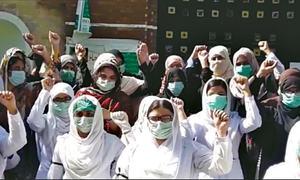 Nurses hold demo against colleague's death