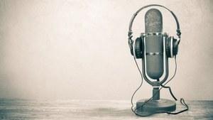 These volunteer-run online radios are bringing Urdu to German airwaves