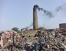 Brick kilns spreading billows of toxic fumes