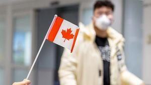 کورونا وائرس کے خلاف جنگ میں کینیڈا نے امریکا پر سبقت کیسے حاصل کی؟