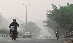 World carbon pollution falls 17pc during pandemic peak
