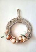 Wonder Craft: Rope and seashells wreath