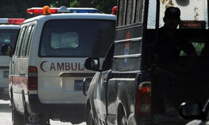 Mob vandalises Karachi's Civil Hospital after 'delay in handing over body' of Covid-19 patient