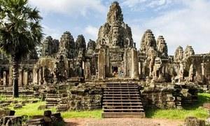 کمبوڈیا کی سیاحوں کو 3 ہزار ڈالرز کورونا ڈپازٹ جمع کرانے کی ہدایت