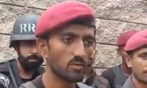 'دہشت گرد گرینیڈ کی پن نکالنے والا تھا کہ اس کے سر پر گولی مار دی'