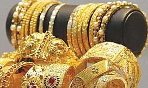سونے کی فی تولہ قیمت ایک لاکھ 5 ہزار 200 روپے تک پہنچ گئی