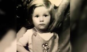 کیا بچپن کی اس تصویر سے مقبول ترین اداکار کو پہچان سکتے ہیں؟