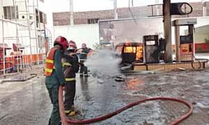 Van catches fire at petrol pump