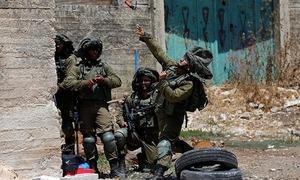 اسرائیلی فوجیوں کی فائرنگ سے فلسطینی نوجوان جاں بحق
