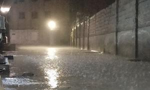 Met predicts rain, dust storm in Karachi tomorrow