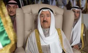 US flies Kuwaiti emir to Minnesota after operation at home