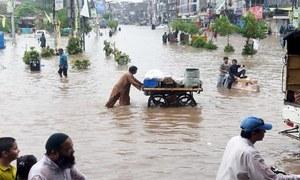 کراچی میں اربن فلڈنگ: وفاقی کابینہ نے فوج کی خدمات لینے کی منظوری دیدی
