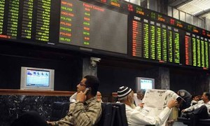 Investors flock back to stock market