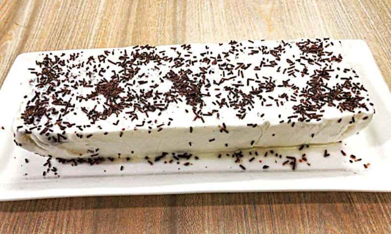 Cook-it-yourself: Ice cream cake