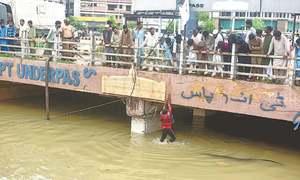 Karachiites brave daylong post-downpour trauma