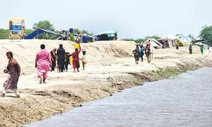 Locals displaced by heavy rains in lower Sindh face miserable conditions