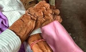 بھارت: 86 سالہ خاتون کے 'ریپ' نے لوگوں کے دل دہلا دیے