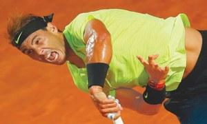 Djokovic behaves better in first match since US Open default