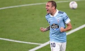 Aspas double stuns Valencia