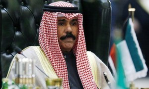 Kuwait's new ruler to seek stability among fractious, powerful neighbours