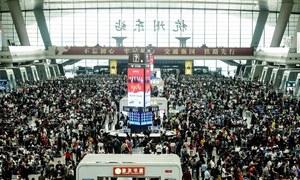 چین میں کورونا وائرس کو شکست کے بعد لوگوں کی 'انتقامی سیاحت'