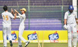 Sindh take early honours against champions, SP seize control