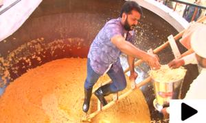 عید میلاد النبیﷺ کے موقع پر ملتان میں 150 من وزنی حلوے کی دیگ تیار