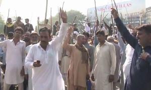 لاہور: 'پولیس شیلنگ' سے زخمی ہونے والے کسان اتحاد کے رہنما دم توڑ گئے
