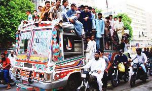 کراچی میں ٹرانسپورٹ کا مسئلہ کیسے حل ہوگا؟