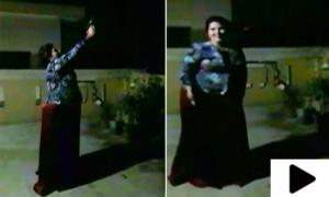 سوشل میڈیا پر اسلحہ کی نمائش اور ہوائی فائرنگ کرنے والی خاتون گرفتار