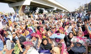 Anti-encroachment operation in Sukkur triggers violence