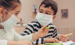 کورونا کے شکار بچوں میں بخار، قے اور متلی سب عام علامات ہیں، تحقیق
