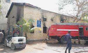 'کراچی میں 144 میں سے صرف 14 فائر ٹینڈرز کام کر رہے ہیں'