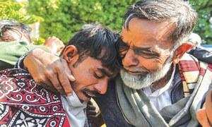 20 fishermen released from Indian captivity reunite with families