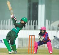 Challengers edge out Blasters to reach final