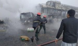 شیخوپورہ میں بس اور وین کا تصادم، 13 افراد جھلس کر جاں بحق