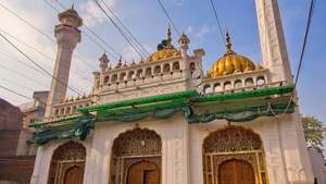 How Muslims and Lahore got Sunehri Mosque back from the Sikhs