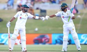 پاکستانی ٹیم پہلے ٹیسٹ میں ناکام