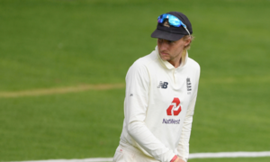 Sri Lanka launch comeback after Root's double ton