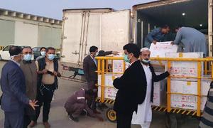 سندھ کیلئے مختص کورونا ویکسین کی 84 ہزار خوراکیں کراچی پہنچ گئیں
